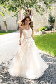 Brautkleid von Kleemeier in Oberfranken